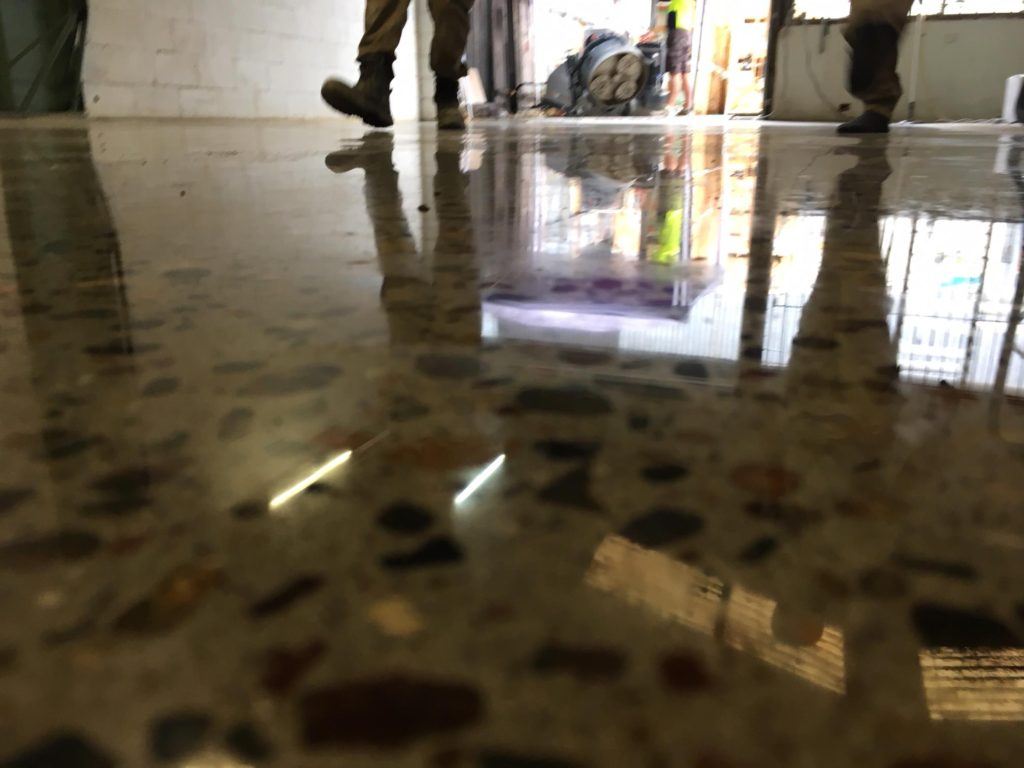 Pyra floor Polished Concrete